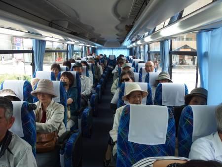 バス内の様子2