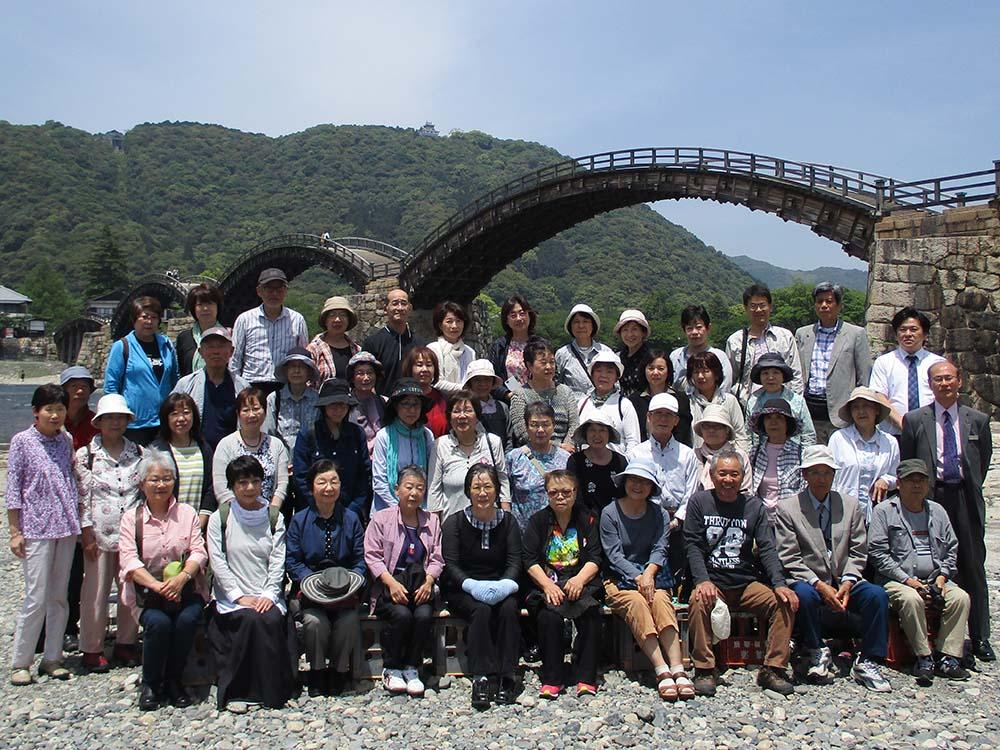錦帯橋での集合写真